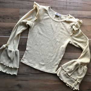 💛 Cream/Yellow ruffled crop blouse